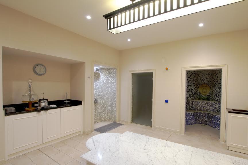 Gainsbourough treatment room 2
